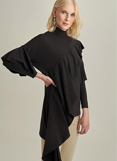Monamoda Asimetrik Volanlı Örme Bluz Siyah